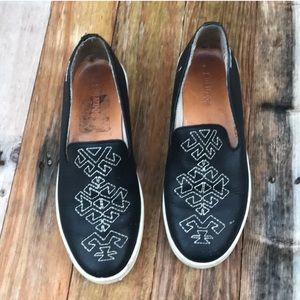 Soludos | Black White Embroidered Loafers size 6